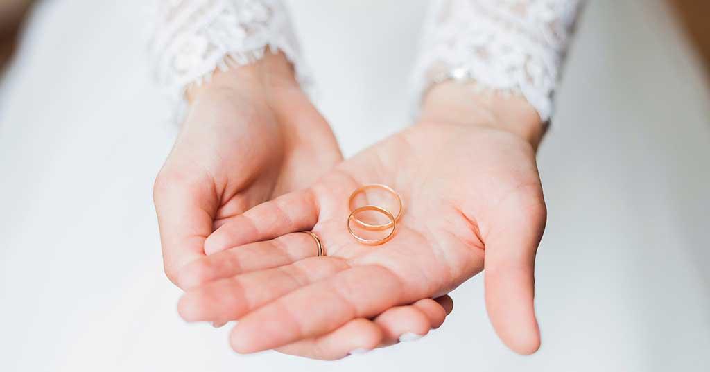 curiosidades anillos compromiso y alianzas